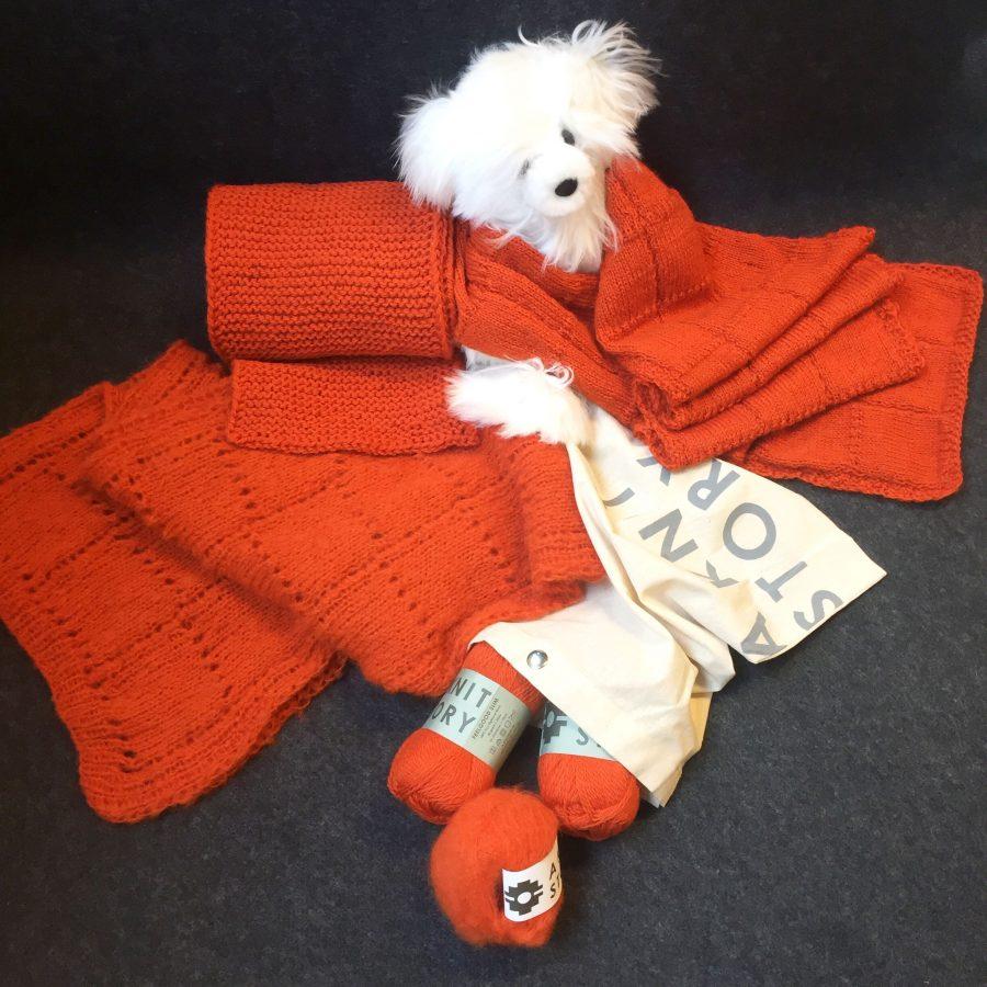 Oransje garn fra A Knit Story
